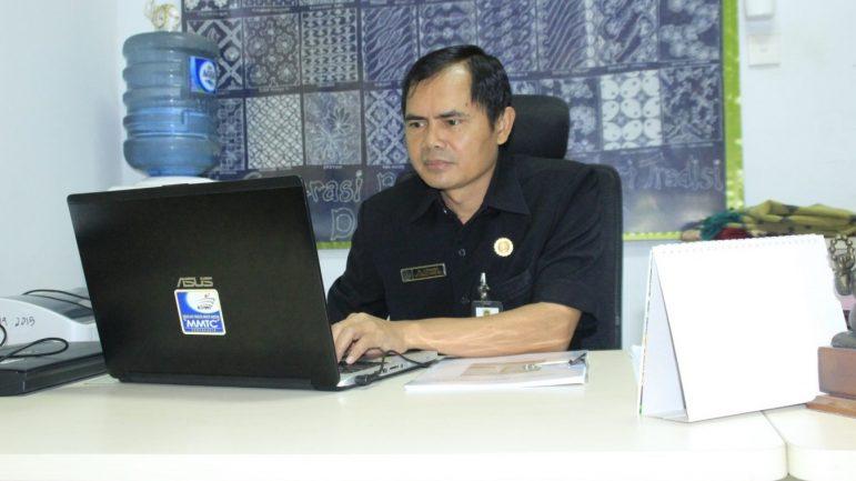 Foto Kepala Sekolah SMKN 1 Rota Bayat
